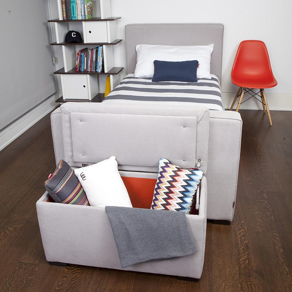 modern storage bench for bedrooms.