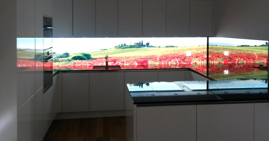 LED Kchenrckwand Tulpen fr Ihre moderne Kche