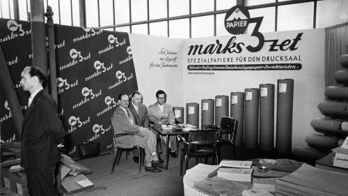 marks-3zet bei einer Ausstellung in den 50ern