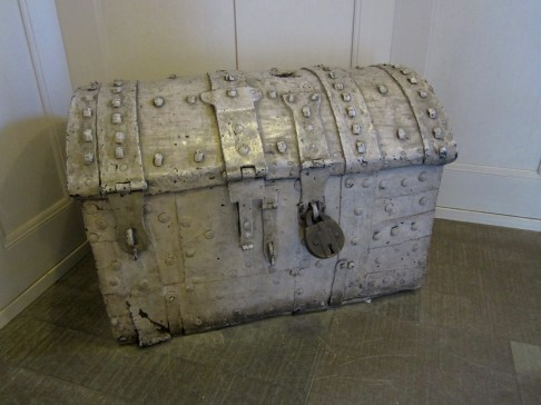 Old treasure chest? ;)
