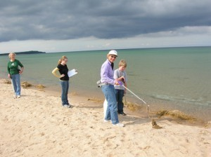 Pitch in for Public Lands Day at the Lakeshore!