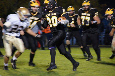 Suttons Bay Norsemen meet Iron Mountain Friday in Regional Football
