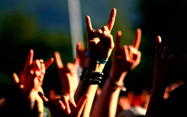 music-concert-metal-horns-hand-signs-wide