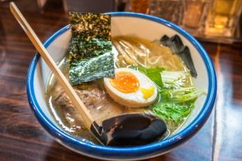 東京拉麵-AFURI阿夫利,清爽淡麗柚子鹽湯頭,頗受觀光客喜愛的日本人氣連鎖店
