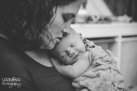 Meredith newborn-8
