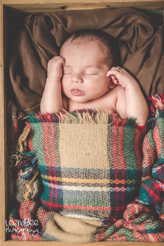 Dublin ohio newborn photography-17