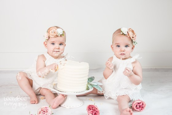 Dublin ohio first birthday cake smash photography-23