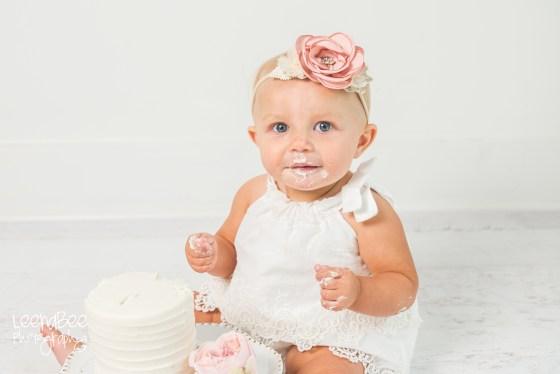 Dublin ohio first birthday cake smash photography-10