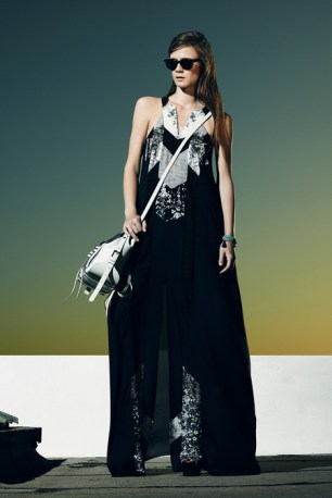 BCBGMaxAzria_Resort2014_10