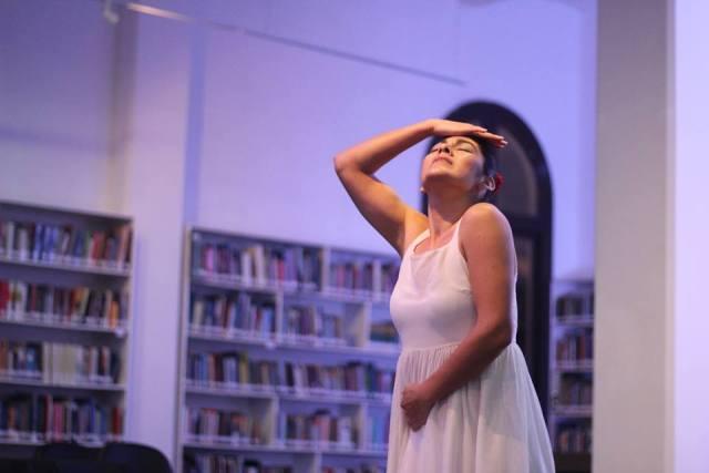 """Vanessa De la Torre y la poesía escénica: """"He abierto mi alma al público"""""""