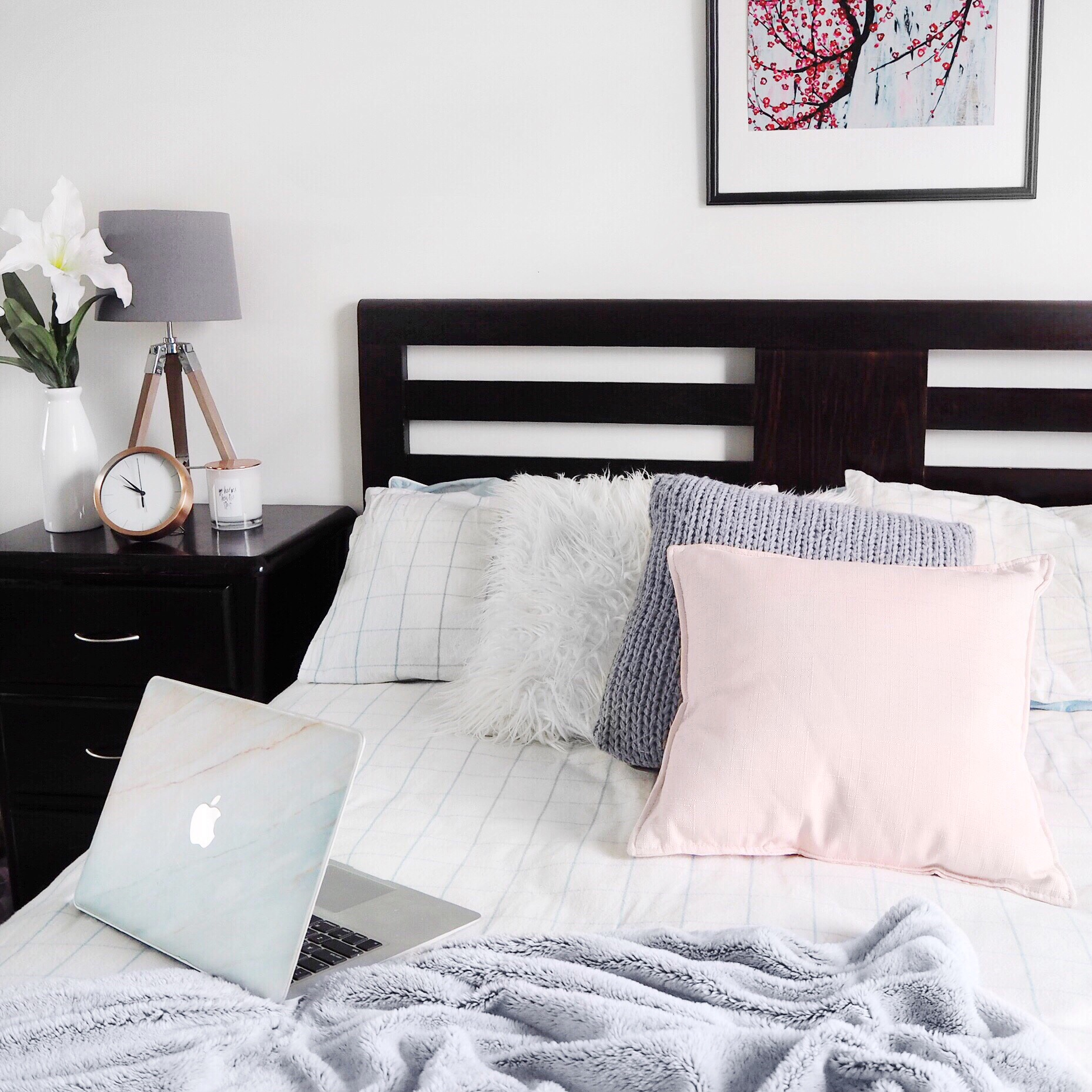 8 Blush & Grey Home Decor Items For The Bedroom