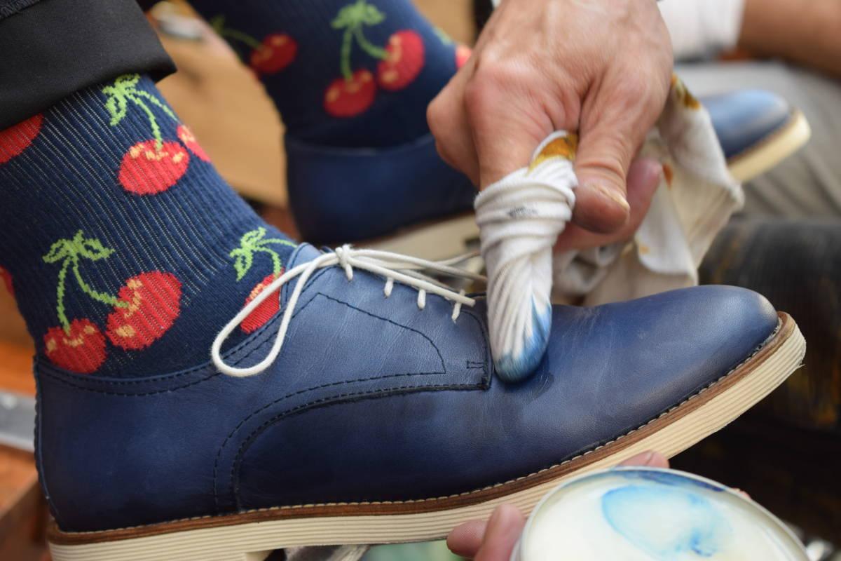 Fleurige schoen met Siegol onderhouden