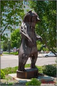 Grizzly Bear Grizz II by Richard Jagoda