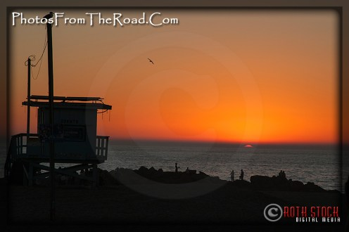 Sunset over the Pacific Ocean at the Venice Beach Boardwalk