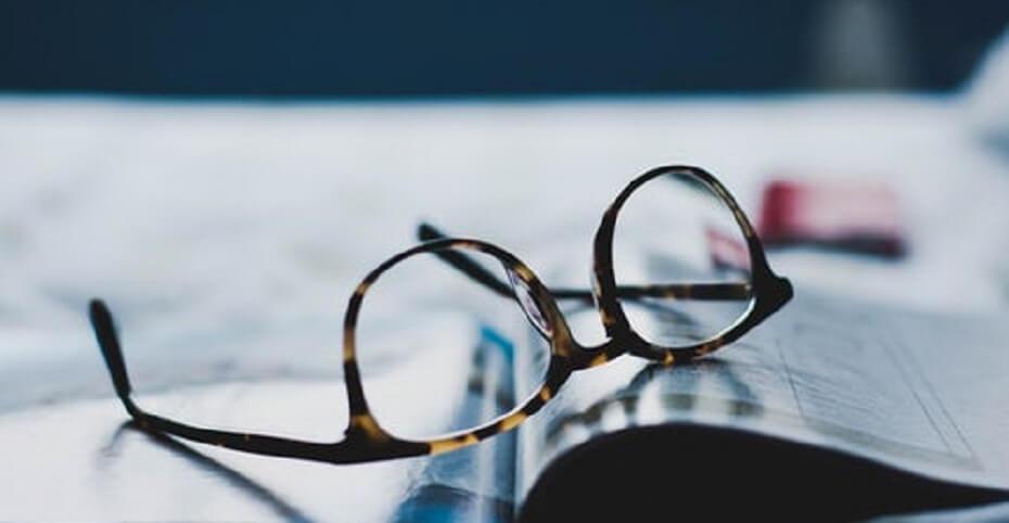 leesbril voor het lezen