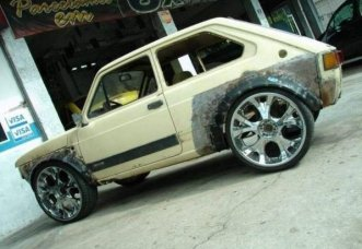 ugly-car-nice-rims
