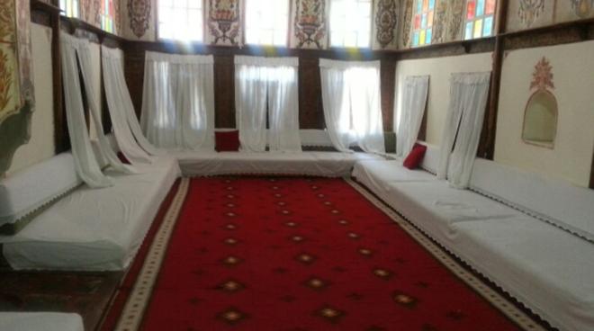 albanien-girokastra-wohnhaus