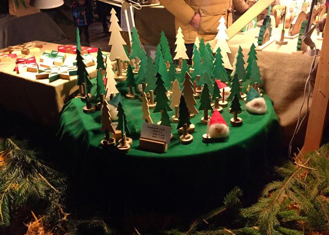 weihnachtsbaum-selber-schlagen-holzkunst