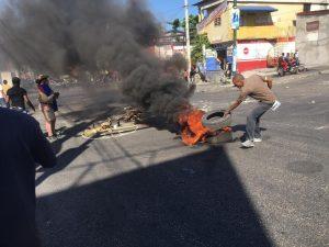 Haïti-Mobilisation : La manifestation de l'opposition dispersée à coups de gaz lacrymogène