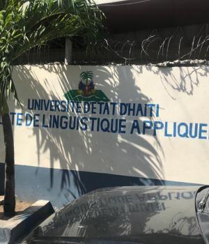 Vue partielle de la Faculté de Linguistique Appliquée/ Crédit photo : Clovensky Prédestin