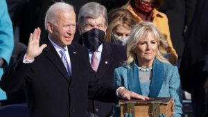 États - Unis : Investi dans ses fonctions, Joe Biden promet de préserver la Constitution américaine