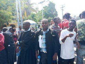 Haïti : Des journalistes encore brutalisés par la police lors d'une manifestation contre le kidnapping à Petit-Goâve