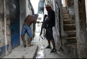 Port-au-Prince : La guerre des gangs armés a fait au moins 5 morts et plusieurs blessés