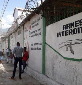 """Haïti-Pénurie de carburant : Les hôpitaux """"Saint-Luc et Saint-Damien"""" lancent un SOS"""