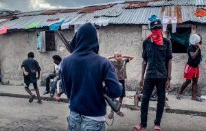 """Martissant-Insécurité : Attaqué par des bandits armés, l'hôpital """"Médecins Sans Frontières"""" ferme ses portes"""