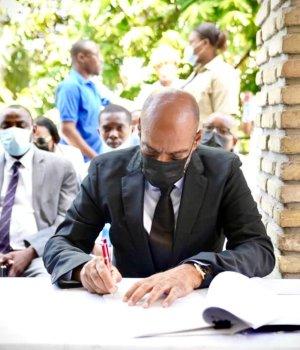 Haïti-Politique : Guerre de pouvoir entre la présidence et le a Primature