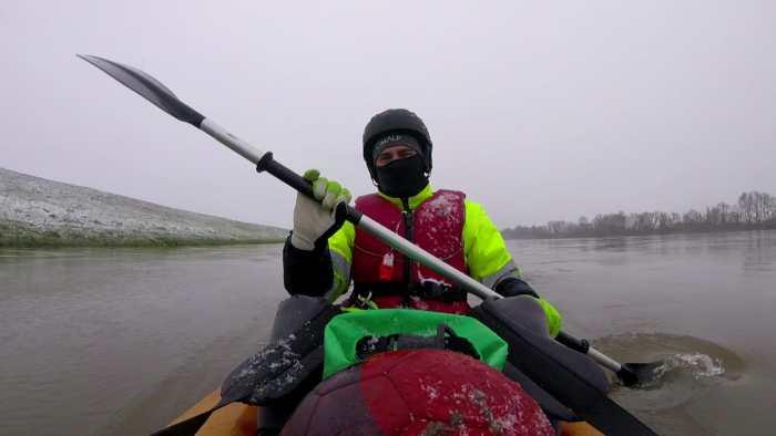 Vincent Rebourgeon a appelé son kayak tonneau, ce nom a été choisi car il se retourne très facilement. - Photo : Vincent Rebourgeon