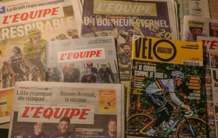 """Des éditions du journal """"L'Equipe"""". Photo : Juliane Delecroix"""