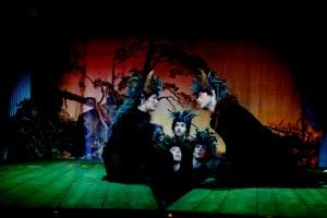 Jo Strømgrens versjon av Shakespeares «En midsommernattsdrøm» skal ut på turné med Riksteatret. (Foto: Kristin Svorte)