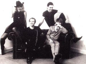 30 år siden dette bildet med Go-Betweens ble tatt. Den gangen de var noe av det aller beste rocken kunne by på. (Foto: Beggars Banquet)