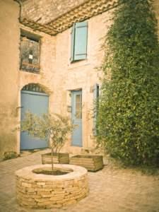 Small square in Peyriac-de-mer