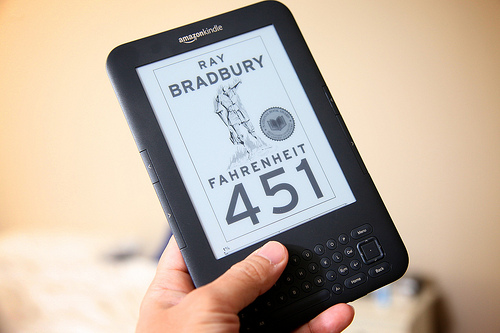 Fahrenheit 451 e-book on the Kindle - photo by unten44