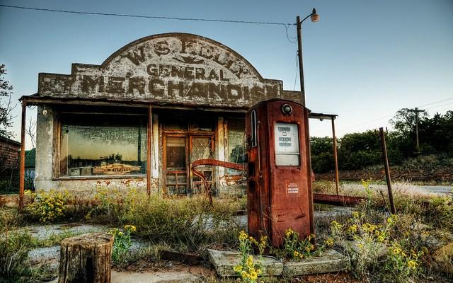 Cheap Gas! - photo by Lane Pearman