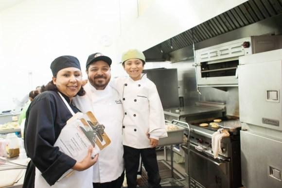 Luis and Zenaida Estrada used a tanda to help their family business. Photo by Sarah Peet.