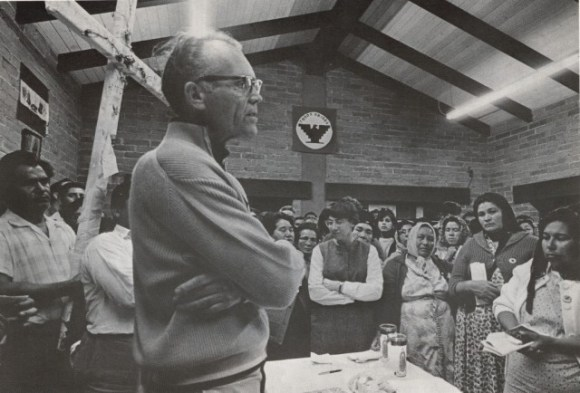 fred-ross-mass-during-cesar-chavez-fast-april-1968-1024x695