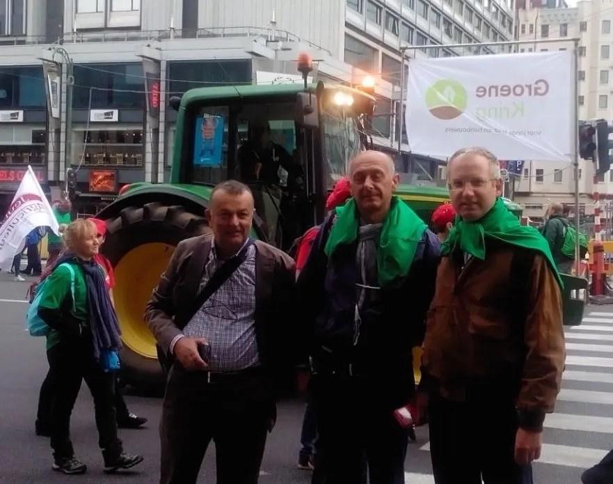 da sinistra: Luciano Pula (presidente OP Pempacorer), Marino Bosi (Consigliere di Amministrazione di Terremerse) e Stefano Patrizi, responsabile Agroalimentare Legacoop Romagna.