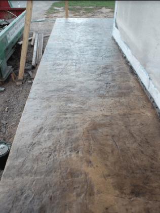 decorative-concrete-walkway