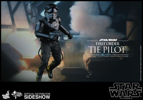 star-wars-first-order-tie-pilot-sixth-scale-hot-toys-902555-08
