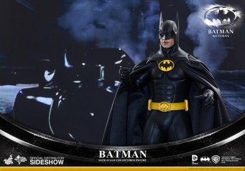 902399-batman-005