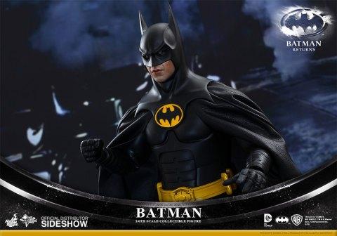 902399-batman-009