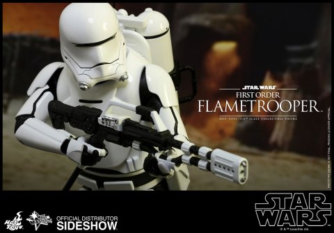 hot-toys-star-wars-the-force-awakens-first-order-flametrooper-sixth-scale-902575-14
