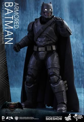 batman-v-superman-armored-batman-sixth-scale-hot-toys-902645-03