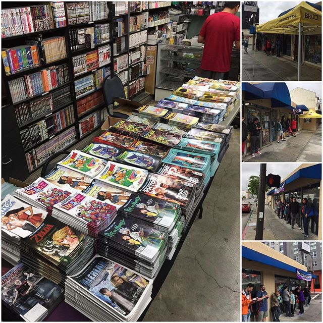 It's Free Comic Book Day and the rain is not going to stop us from giving out thousands of comics today!  These customers are glad we have awnings!  Bruce tea is getting ready to refresh our customers!  #fcbd #fcbd2017 #brucetea