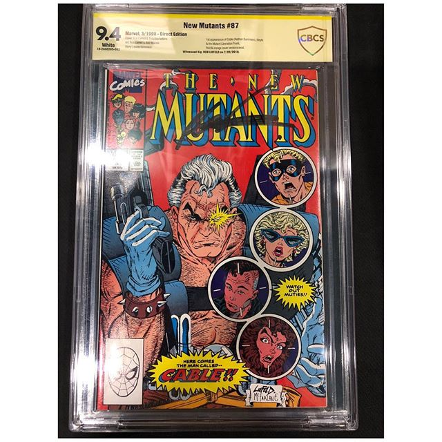 Just picked up some Modern keys CGC signature series signed by some of the biggest names in comics!  DM us for pricing #cgc #cgcsignatureseries #newmutants #cable #robliefeld #xmen #stanlee #daredevil #frankmiller #klausjanson  #jimshooter #elektra #igcomicfamily #igcomics #marvelcomics