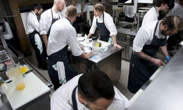 Un restaurante con 3 Estrellas Michelin cierra por contagio de su personal días después de hacer un plato con forma de Covid-19