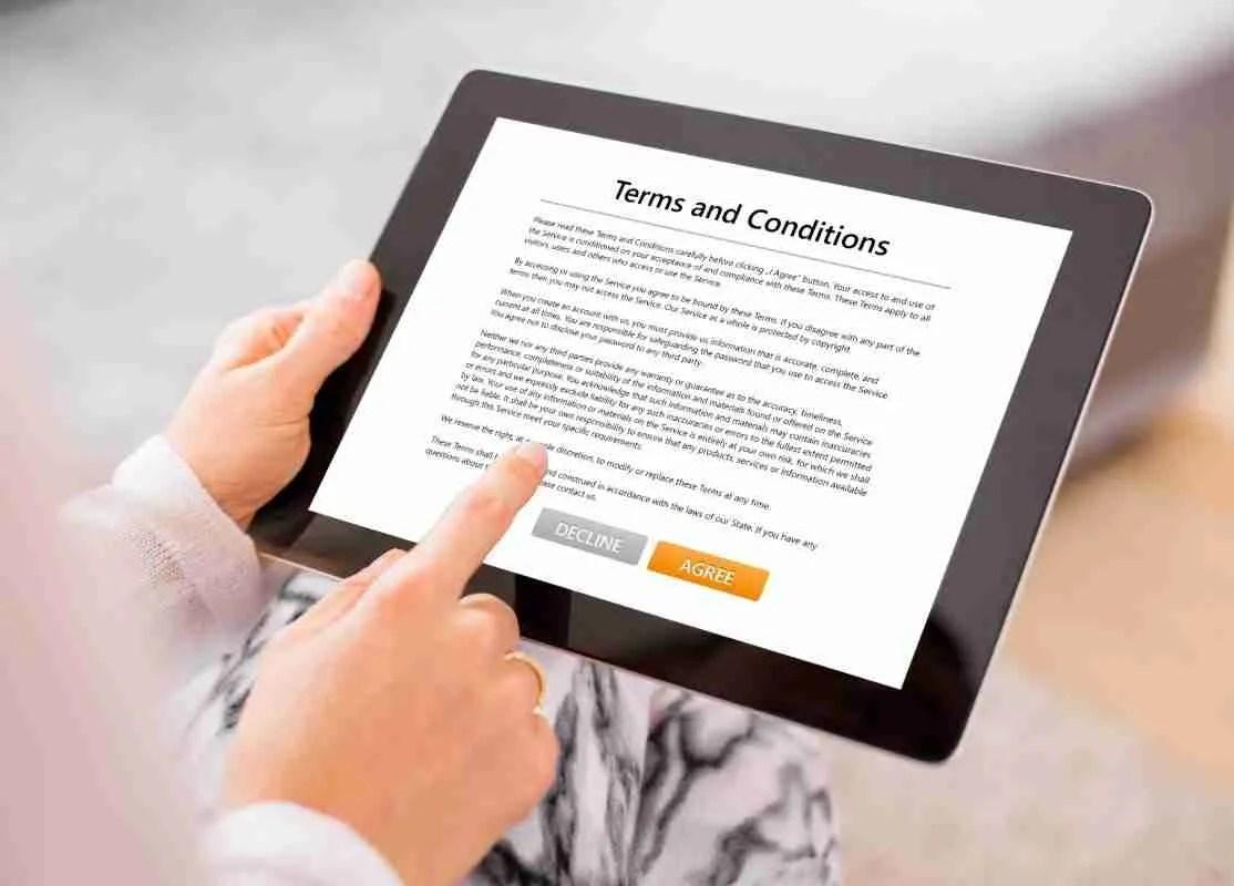 Le insidie dei contratti standard scaricabili dal web